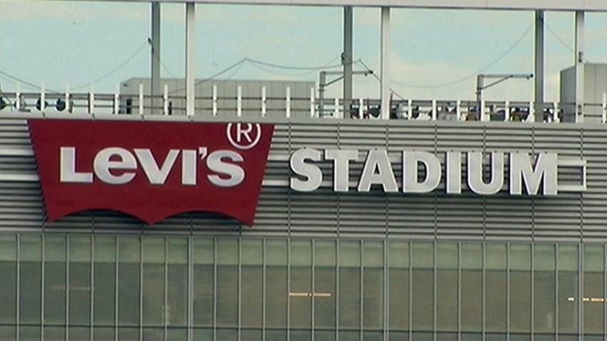 01-06-2014-levi's-stadium-sign