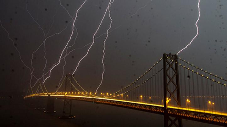 02_bay_bridge_lightning_crop