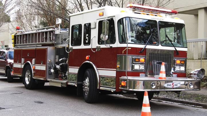 032716firetruck-shutterstock_a15622756