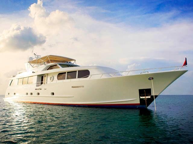 092109 Yacht
