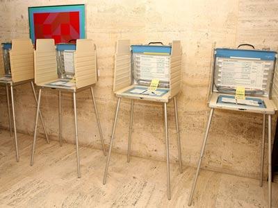 102808-voting-p1