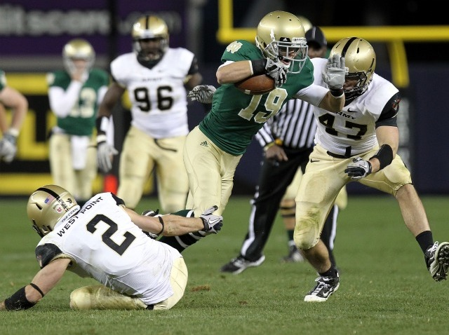 Notre Dame Beats Army 27 3 At Yankee Stadium Nbc Bay Area