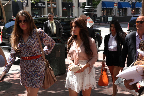 Sears Kardashian sisters can't save store