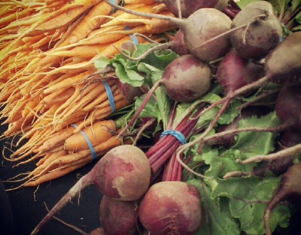 [chicagogram] #logansquare #farmersmarket #Chicago #food #vegetables #beets #carrots #chigram #instagram312 #igers #igerschicago #instadaily#instashot #chicagogram #instagramyourcity #instacool #igdaily #insta #instagramhub #instamood