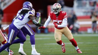 Dee Ford #55 of the San Francisco 49ers