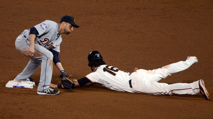 Angel_Pagan_Steals_Base_Free_Tacos_America_Taco_Bell