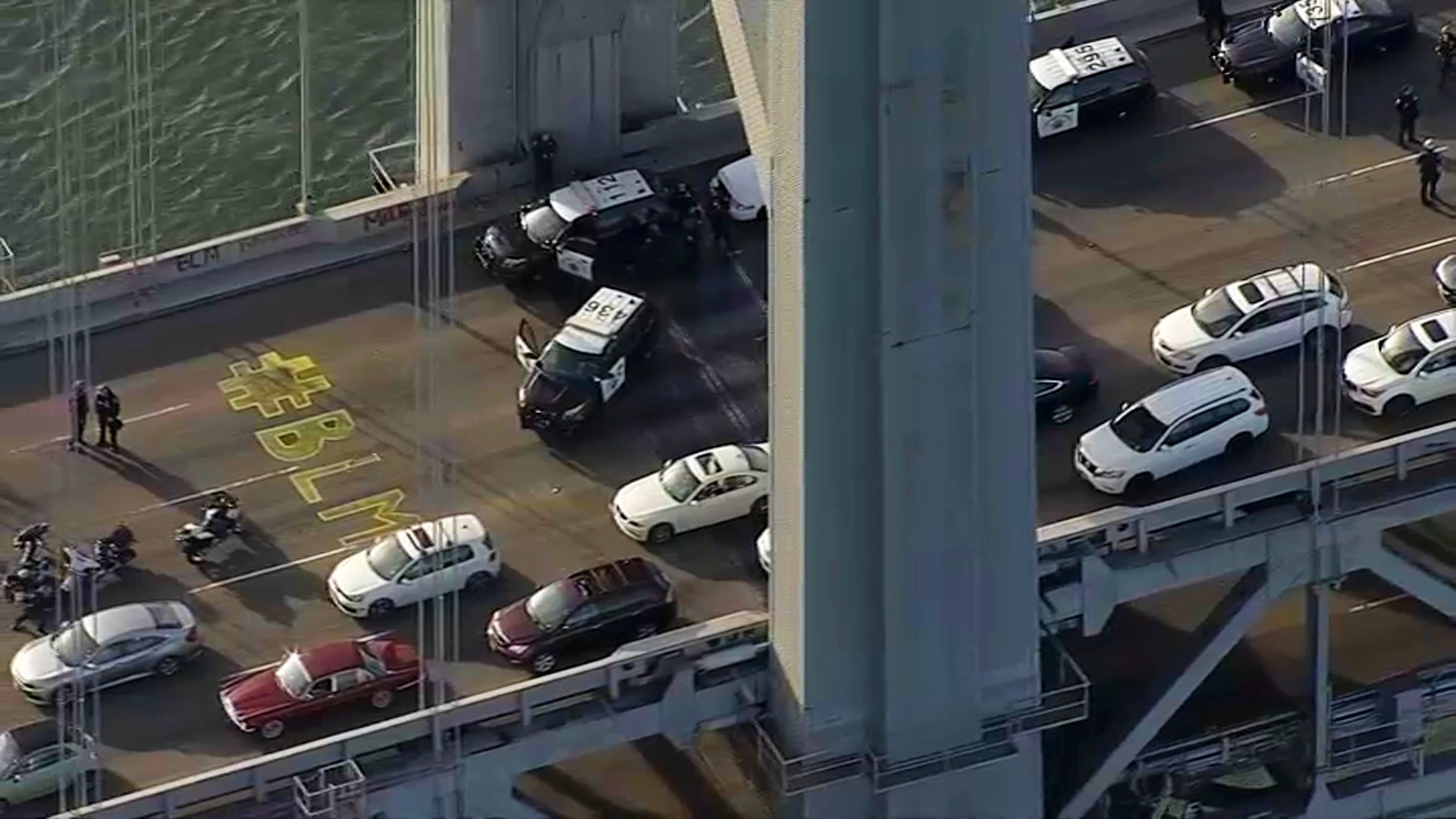 29 Arrested After Protesters Block Upper Deck Of Bay Bridge For Hours Nbc Bay Area