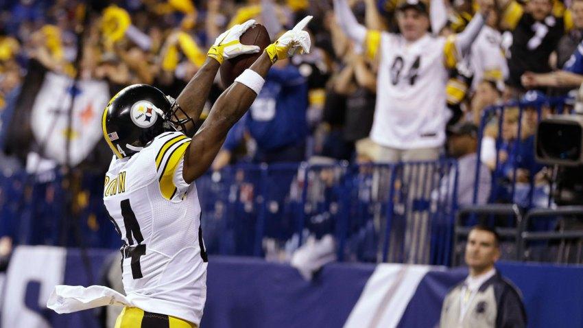 Brown-Steelers-v-Colts-AP