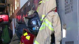 Firefighter-generic-SDFD-locker-gear-122817