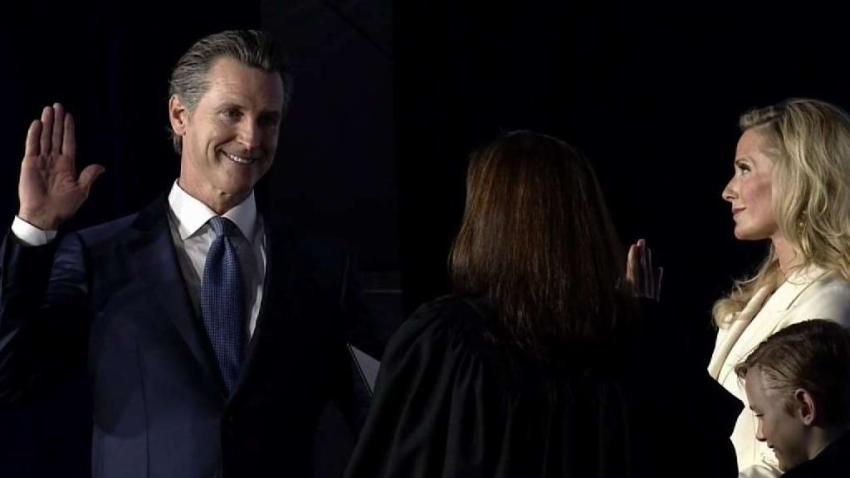 Gavin_Newsom_Officially_Becomes_California_Governor