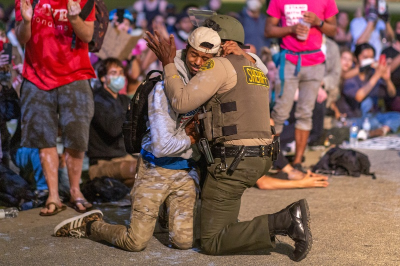 Photos: Powerful Messages of Peace and Unity at Protests in Southern California