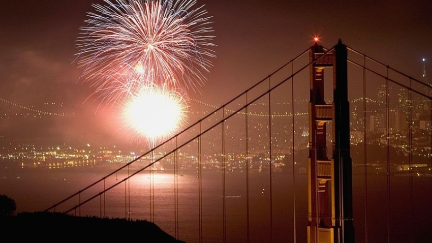 71350682DPM001_fireworks