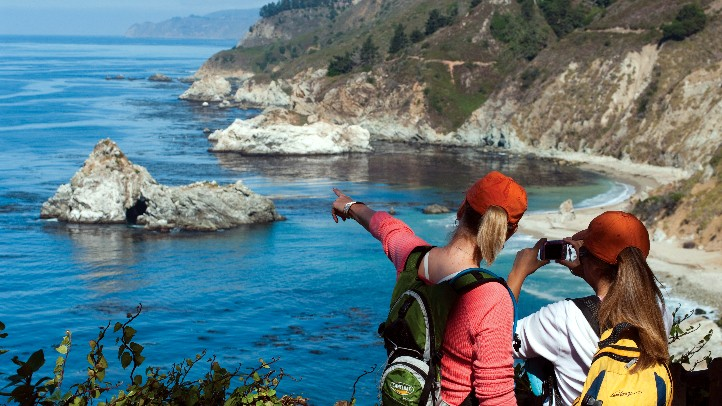 Hikers_at_Point_Lobos