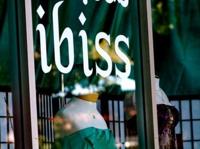 Ibiss Store front