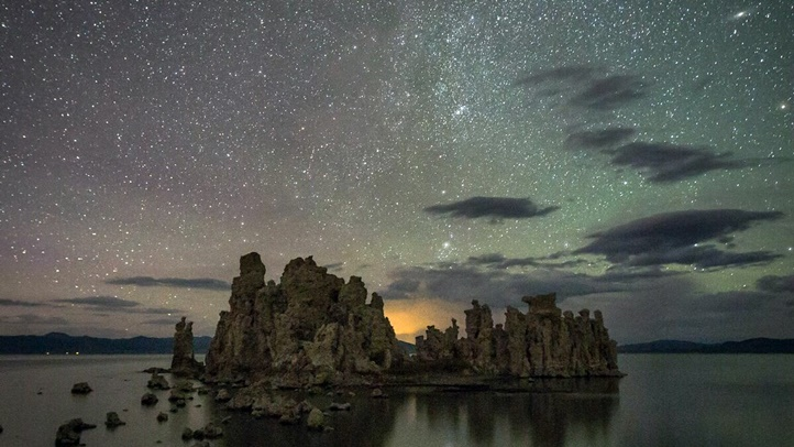 Mono_County-Mono_Lake-airglow-Jeff_Sullivan-7272