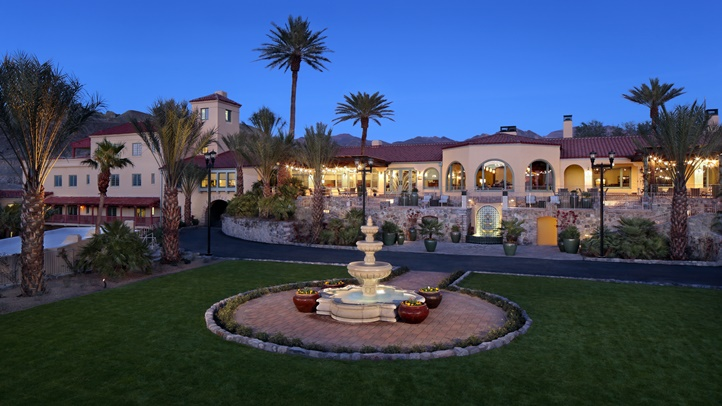 Front Entrance - Oasis at the Death Valley
