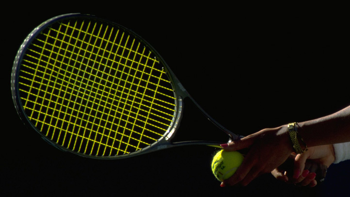 TENNIS RACKET AND BALL