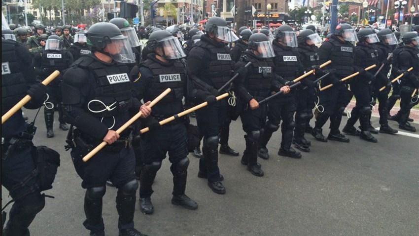 San-Diego-Police-Riot-Gear-052716