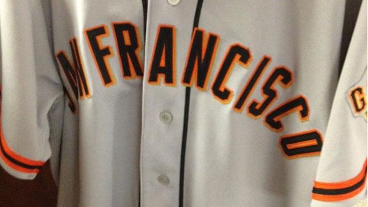 San_Francisco_Giants_2012_Road_Uniforms_Grey_Orange