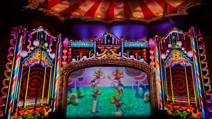 Selfieville_3-D Light Show - Photo Credit Sean Story Productions x (1)