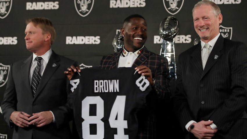 [CSNBY] Antonio Brown agrees to give fan refund for buying his Raiders jersey