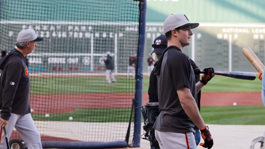 [CSNBY] Watch Giants' Mike Yastrzemski receive standing ovation at Fenway Park