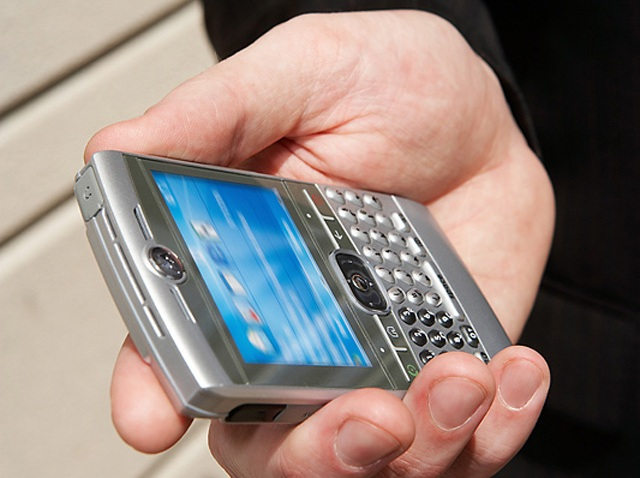 cell-phone-blackberry-generic