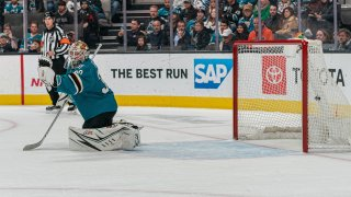 [CSNBY] Sharks' goaltending still a question mark with Aaron Dell's struggles