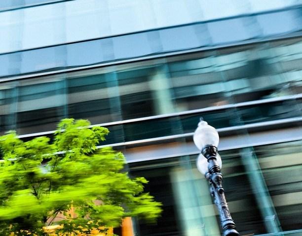 [chicagogram] In #motion   #streetlight #light #lamp #tree #glass #windows #blur #motionblur #chicagogram #chigram #chitown #igerschicago #cityporn #city #chicago #chitecture #instagram #igdaily #igaddict #instacool #popularpage #photography #best