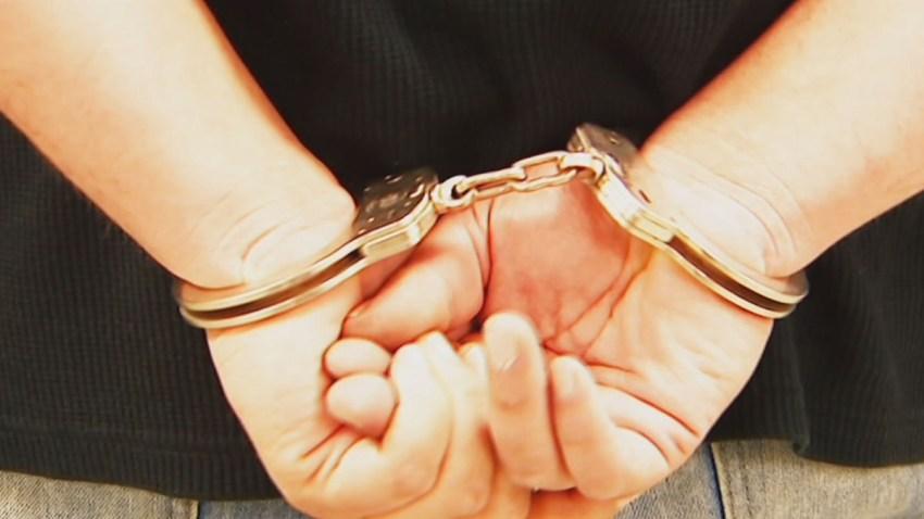 handcuffs15