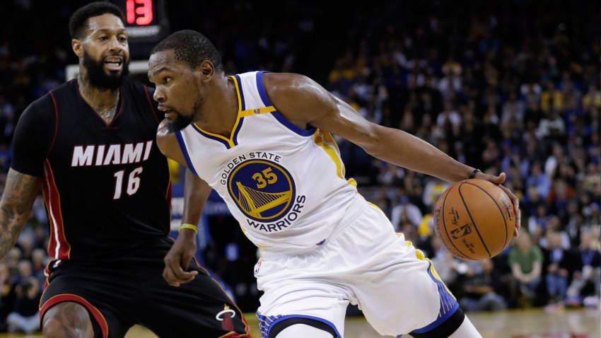 [CSNBY] With Curry out, Durant shows you exactly why Warriors went all in for him