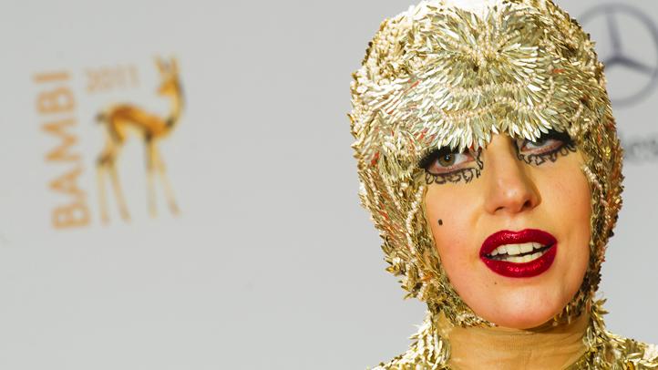 lady-gaga-11.11.11-bambi-awards