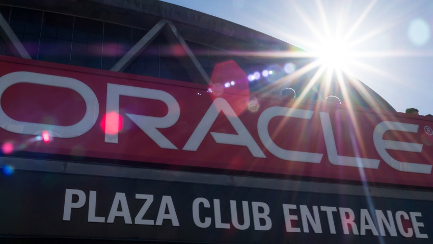 [CSNBY] Oracle Arena signage coming down as Warriors prepare to open Chase Center