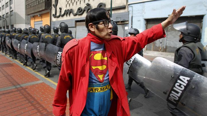 Peru Street Superman
