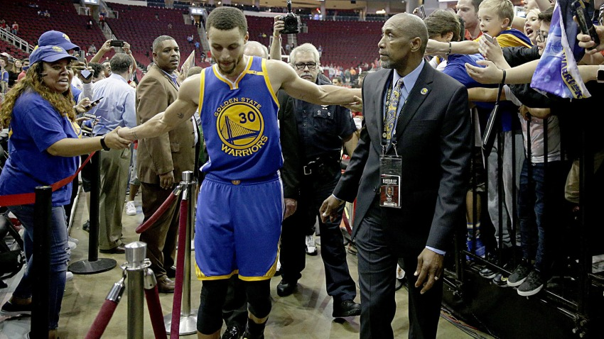 [CSNBY] Steph Curry shares how security guard Ralph Walker returned to Warriors
