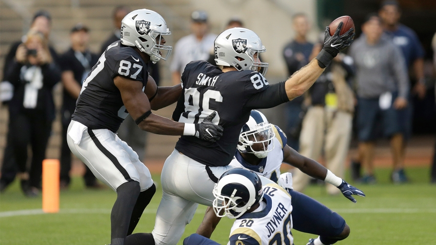 [CSNBY] Source: Raiders to re-sign TE Lee Smith