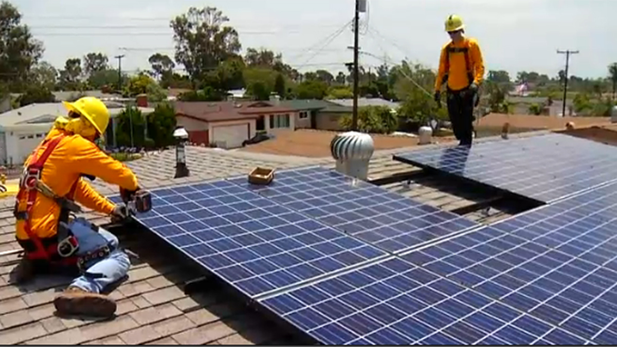 California Law Will Require New Homes to Have Solar Panels