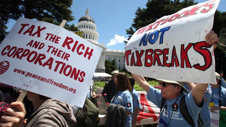 teacher_protest_california_capitol