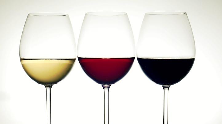 wine-shutterstock_84495652