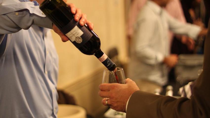 wine43985yriot