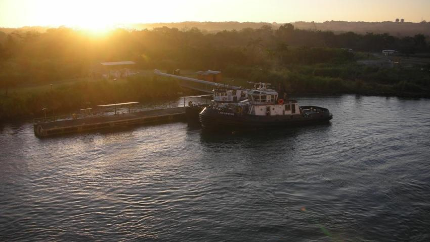 [UGCPHI] Entering Panama Canal
