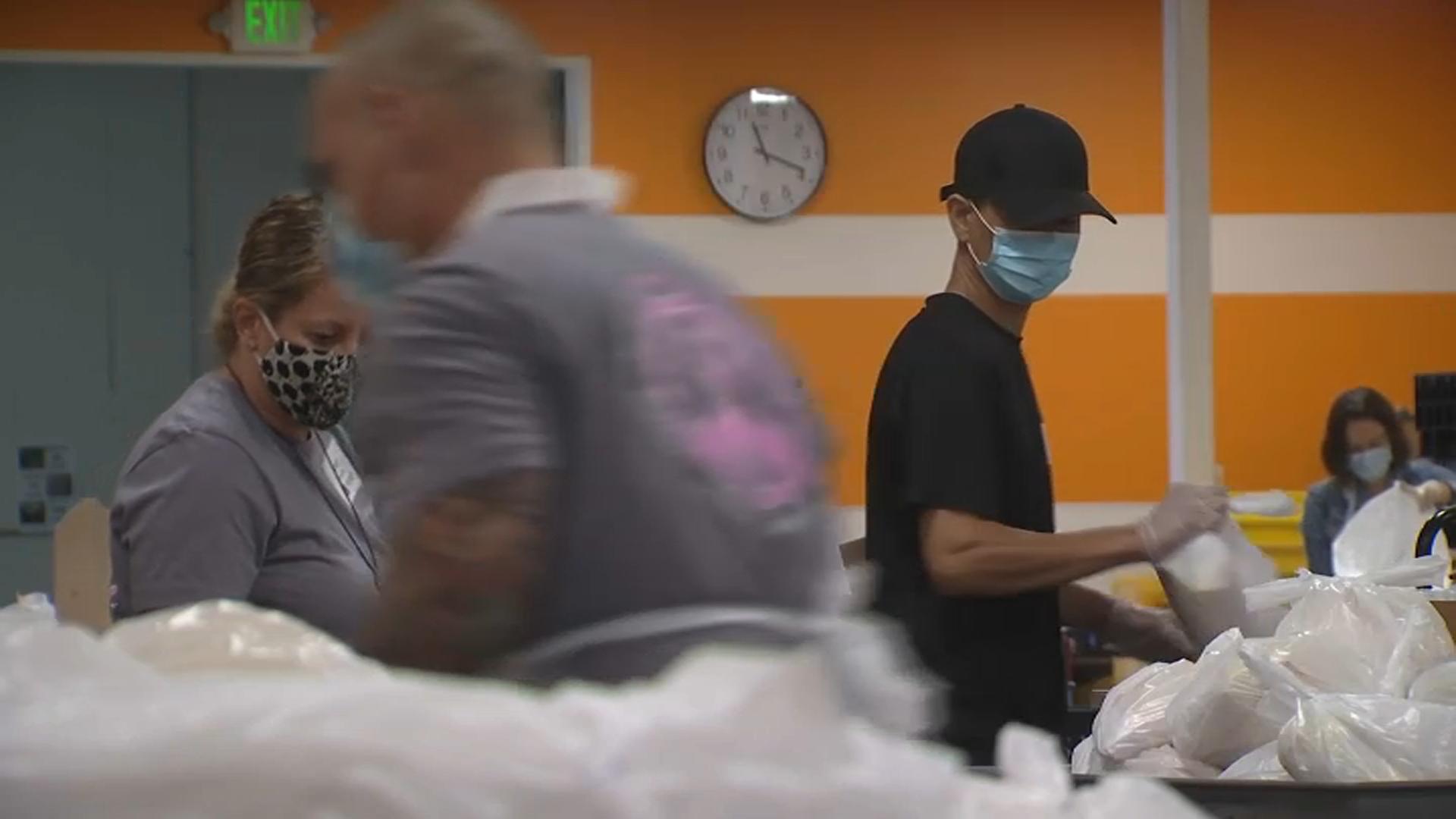 Bay Area Food Banks Face Low Volunteer Pool Due to Coronavirus Pandemic
