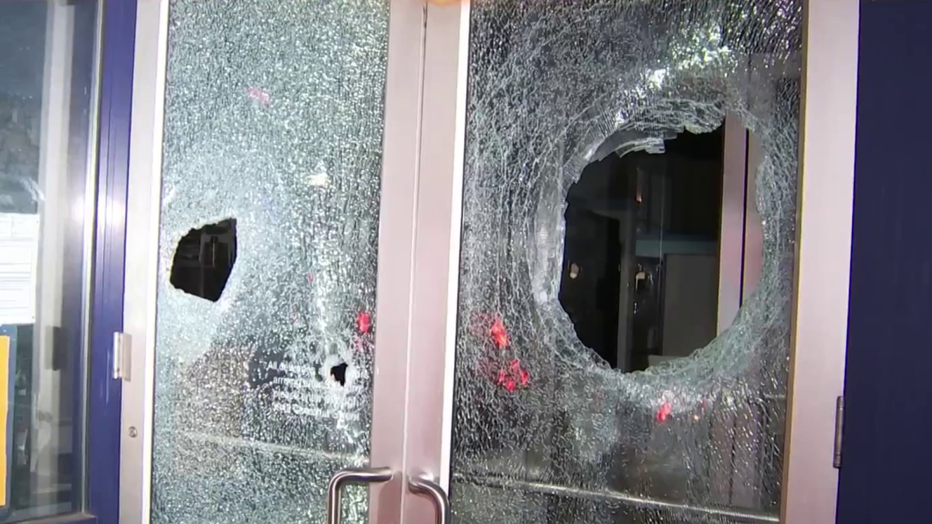 Violence Tears Through West Philadelphia, Other Neighborhoods After Deadly Police Shooting; 30 Officers Hurt – NBC Bay Area
