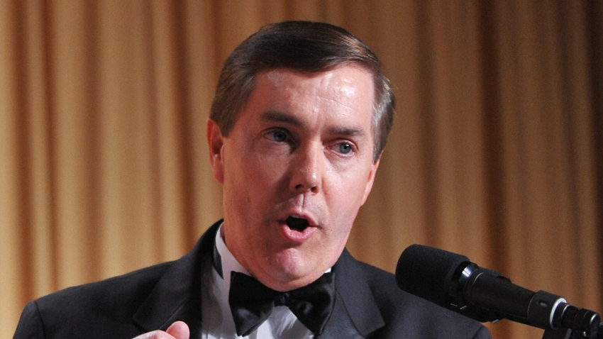 Steve Scully of C-SPAN speaks at the White House Correspondents' Association annual dinner on May 9, 2009 at the Washington Hilton hotel in Washington.