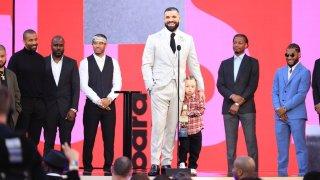Drake at the 2021 Billboard Music Awards