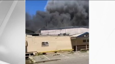Crews Battle at Recycling Facility in Oakland