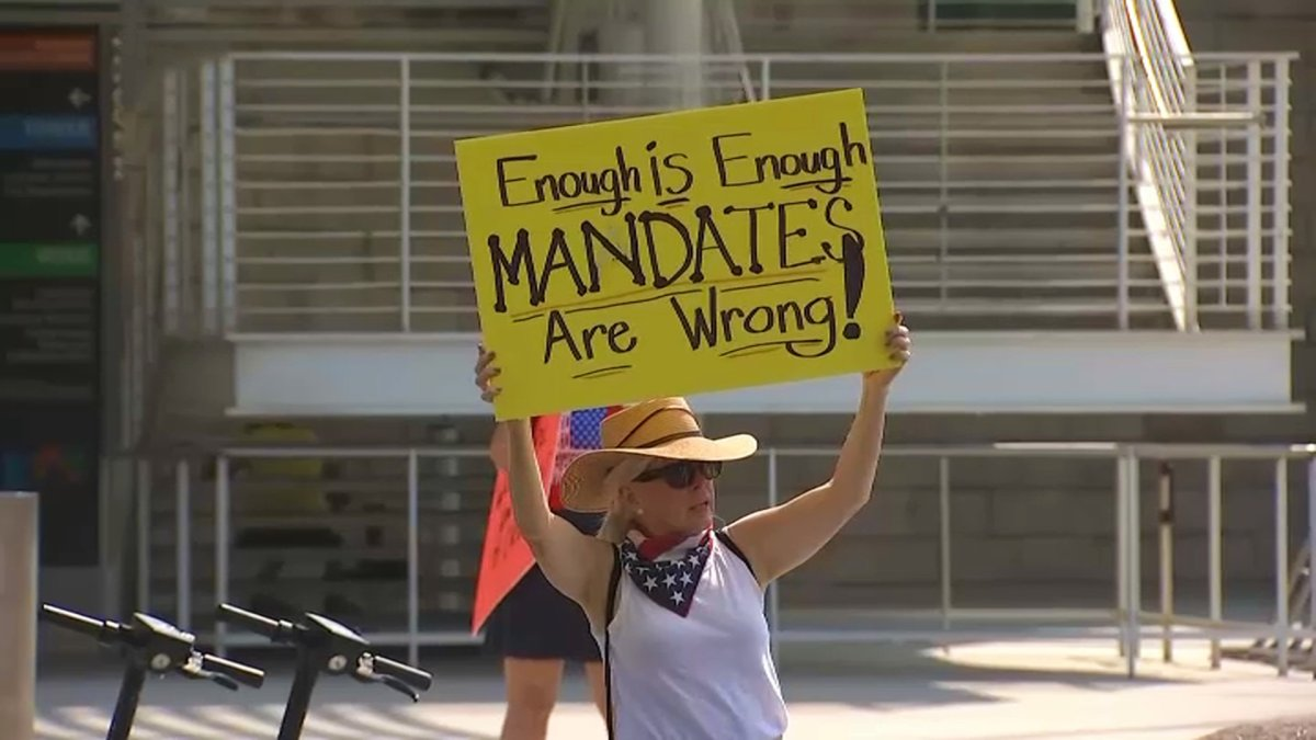 People Opposed to COVID-19 Vaccine Mandates Rally Outside San Jose City Hall
