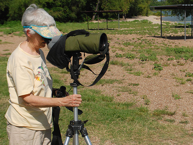 Every birder recieves a pair of binoculars at the begining of the scavenger hunt, but the scope is an aiming device that helps birders spot their target quickly.