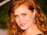 "Amy Adams Talks Skimpy Outfits in ""The Fighter"""