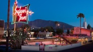 [WORTH THE TRIP] Burbank Getaway: Studio-Close Safari Inn